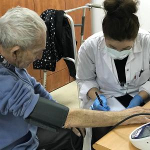 Coronavirus: Schutz für Holocaustüberlebende